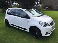 2017 Seat Mii Design White 1.0 litre 5dr with Black Contrast Roof - delivery mileage!