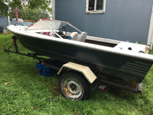 14 ft fibreglass boat and trailer