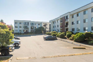 Bright 2 Bedroom Central Abbotsford 40+ Condo!!