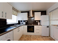 3- Bedrooms Flat to Rent, Near Shoreditch and Spitalfield, Aldgate, Liverpoole Street, City,