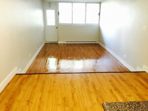 3&1/2 available 1050$/month. Near concordia university