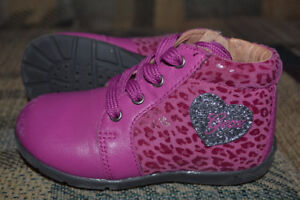 Geox fall/spring toddler girl shoes