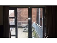 Room to rent in luxury 2 bedroom apartment in Nottingham city centre Available Now