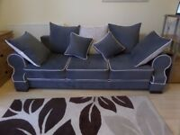 !!!SOFA BED !!! ONLY UNTIL FRIDAY EVENING!!!