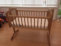 Baby swinging crib from mothercare + Mamas and Papas mattress