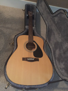 Acoustic Guitar with Hard Case & Stand