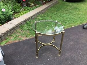 Round Top Glass Top End Table