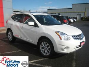2011 Nissan Rogue SV   Great features!