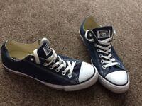 Navy converse