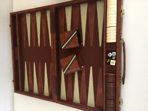 24 INCH BY 18.5 INCHES, LARGE BACKGAMMON GAME. COMPLETE