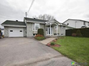 299 900$ - Bungalow à vendre à Salaberry-De-Valleyfield