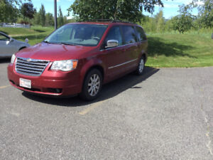 2010 Chrysler Town & Country Touring Fourgonnette, fourgon