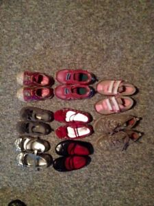 7 pairs of girls size 9 shoes & 1 size 10