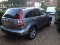 Honda CRV Auto, SilverPan roof,Sat Nav,Leather, 12 months MOT new Brake pads all round