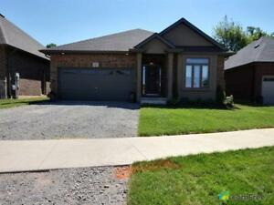 $729,900 - Bungalow for sale in Fonthill