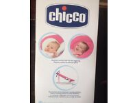 chicco hoopla babies bouncer girls used but in a good condition.