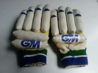 GM MENS CRICKET EQUIPMENT GLOVES PAIR
