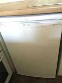 Hotpoint Fridge with Freezer Compartment