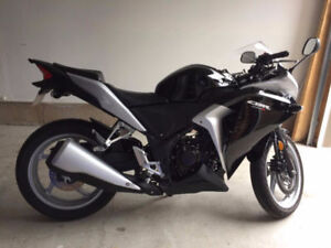 NEW!!!! 2013 Honda CBR with ABS AND SAFETIED