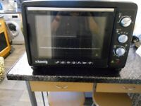portable oven black used but good condition