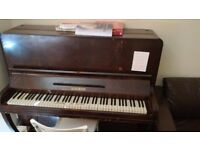 Free Standing Second Hand Schumann Piano *Amzing value!! *Tuned!! NEWCASTLE UPON TYNE