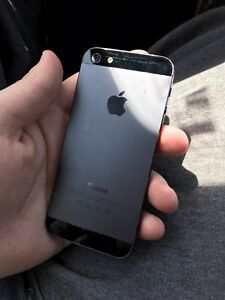Apple iPhone 5 - 64GB - Rogers | Chatr