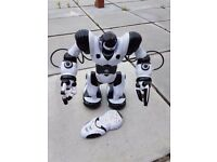 ROBOSAPIEN remote controlled robot robotic toy - great gift!