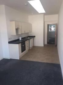 BRAND NEW 2 BEDROOM FLAT, CITY CENTRE, £600 pcm