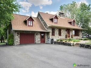 384 500$ - Maison 2 étages à vendre à St-Hyacinthe Saint-Hyacinthe Québec image 2