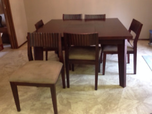 Dining/ Kitchen Table with 8 Chairs