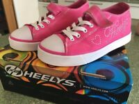 Heeleys UK size 3