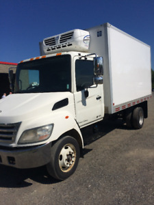 2010 hino 185 limited édition (reefer)