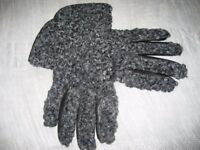 Gloves - Beautiful with Panache (Gotland Sheep Texture) & Leather, Size 7