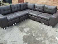 Fantastic BRAND NEW brown leather corner sofa .amazing design.can deliver