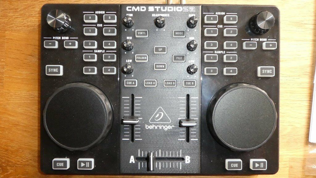 CMD DJ Midi Controller With Audio Interface. MINT. (no software)