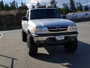 2010 Mazda B-4000 4x4 Automatic 103,000 kms! One owner