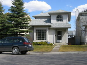 Two Story, 3-bdrm single house, Millrise, SW