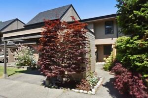 (VIRTUAL TOUR) Absolutely Immaculate 3 Bdrm Townhome!
