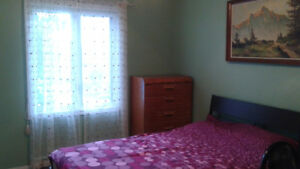 Fully furnished room in big clean house in Gatineau