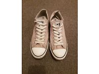 Converse all star size 9 in light grey