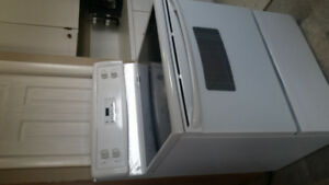 2011 Kenmore Stove *good condition*
