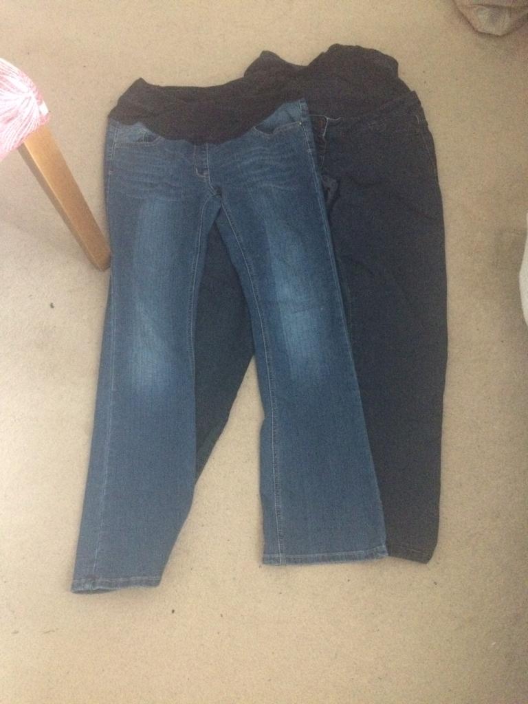 Maternity clothes bundlein Portlethen, AberdeenGumtree - Maternity Clothes bundle size 12 142 x jeans size 121x denim shirt1x black shirt dress3x dresses 5x tops 2x bump bands (not pictured)