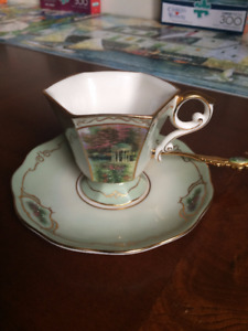 Thomas Kinkade Teacup & Saucer With Gold Teaspoon