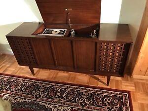 Stereo-orthophonic high fidelity RCA Victor