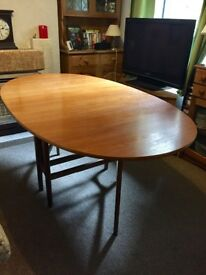Oval Drop Leaf Dining Table