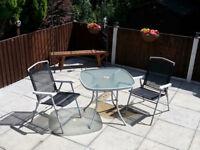 Garden tale & chairs