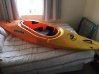 Piranha 232 Ina zone kayak