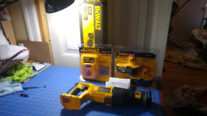 18v cordless reciprocating saw NEW