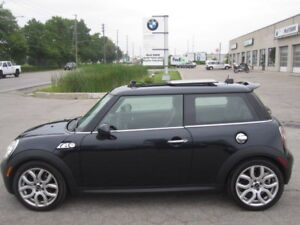 IMMACULATE ! TURBOCHARGED  6 SPEED MANUAL ! 2008 MINI COOPER S