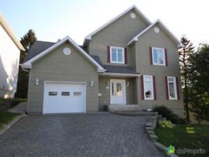 419 000$ - Maison 2 étages à vendre à Rimouski
